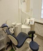 Профессиональная чистка зубов и лечение кариеса